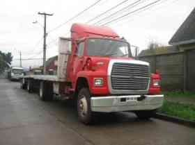 Camion Ford L8000