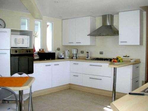 Fabricación muebles de cocina a medida, vanitorios y closets maver ...