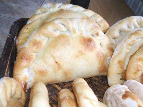 Las mejores empanadas artesanales, grandes, ricas y al mejor precio!!!