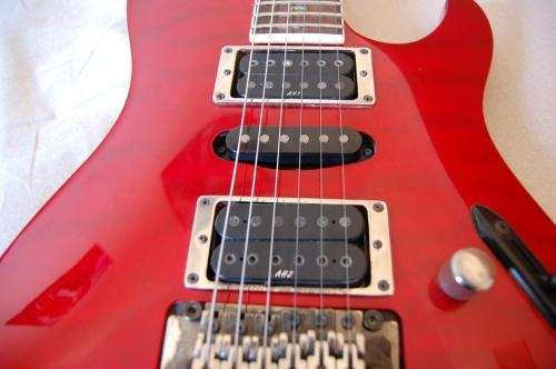 Guitarra ibanez series s 470 qs