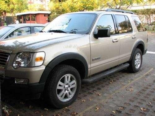 Ford explorer 2008 4x4 cuero 3 corridas