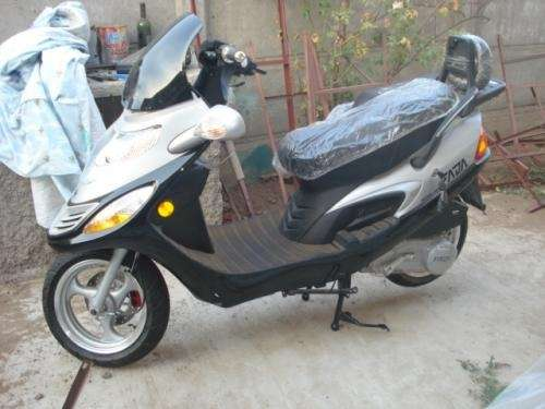 moto scooter a la venta