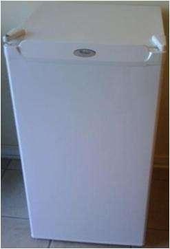 Por viaje vendo urgente!!! frigobar 120 lts whirpool