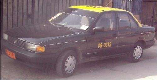 Taxi nissan v-16, 97 papeles al dia, 3800000 conversable