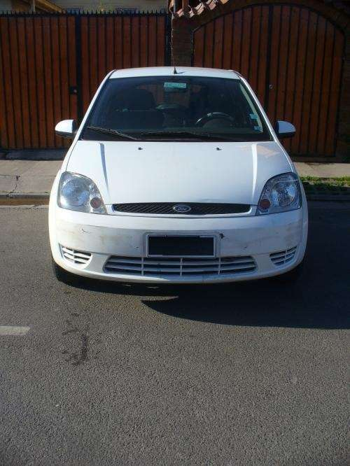 Ford fiesta 2003 full impecable