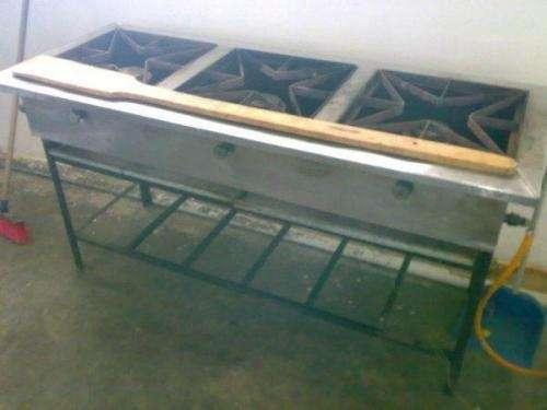 Oferta se vende cocina industrial 3 quemadores