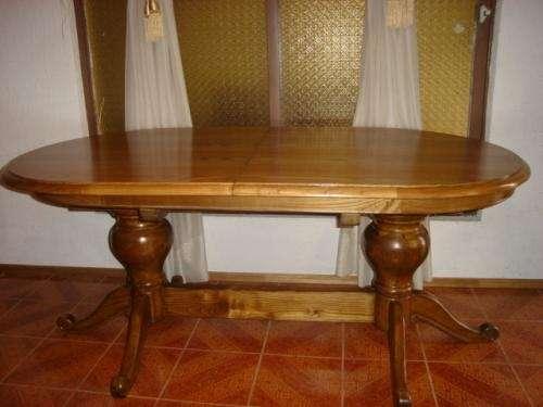 Vendo mesa con sillas ovalada antigua