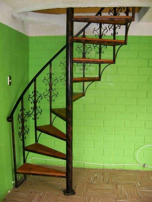 Escaleras de caracol en Santiago - Otros Servicios | 173559