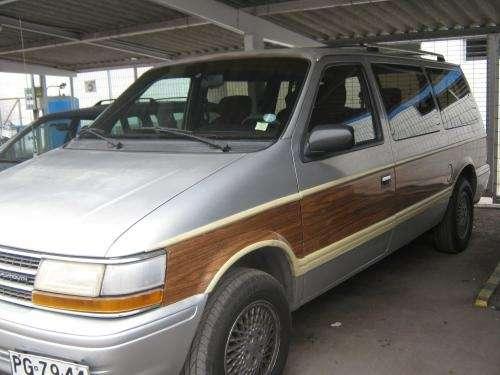 Vendo plymouth grand voyager 3.3 aut año 91