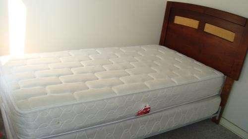 Vendo cama americana 1 plaza y media