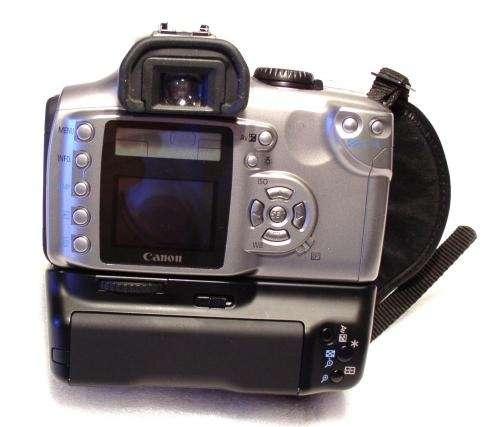 Camara digital canon eos 300 reflex - 6.1 mgp con battery grip