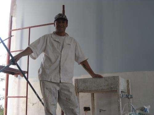 Se ofrece maestro yesero y pintor