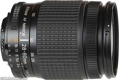 Nikon d80 + 18-55mm nikon + 28-80mm nikon + grip + 3 bat