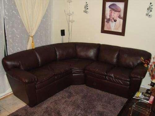 Vendo sofa 2 cuerpos, curvo, color café marrón. en Antofagasta ...