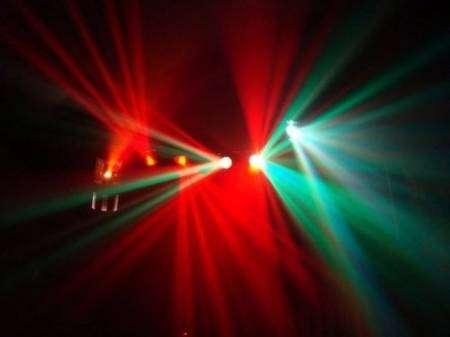 Arriendo luces para fiestas maquina de humo luces