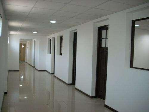 Arriendo centro medico en san miguel, oficinas, empresa