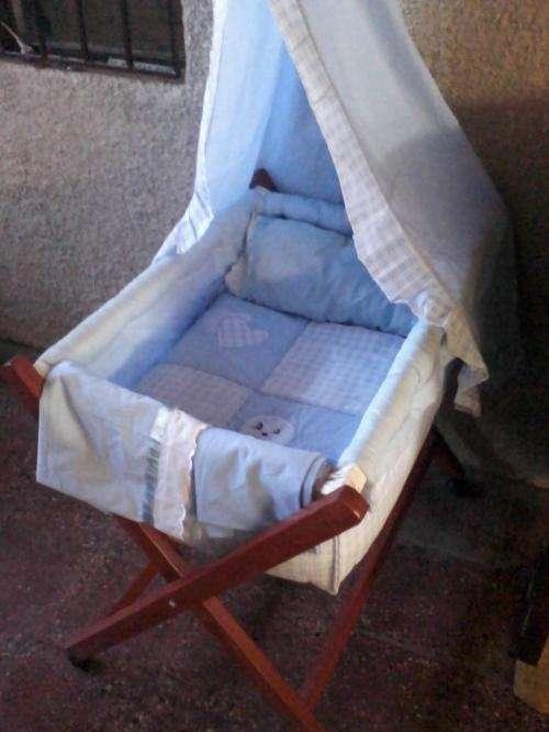 Vendo moises para bebes. pequeña cuna en Región Metropolitana ...
