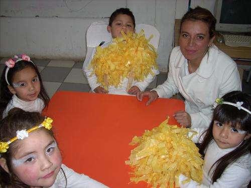 Educadora de parvulos busca trabajo en colegio jornada mañana noviembre 2011 año 2012.