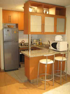 Arriendo departamento amoblado metro escuela militar 1 dormitorio en suite, living, cocina americana, terraza $350.000 casi nuevo 07-6988041