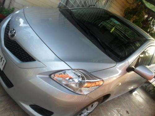 Toyota yaris xli 1.5 unico dueño año 2011