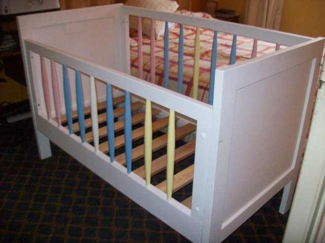 Vendo hermosa cuna bebé de madera pintada en Temuco - Accesorios de ...