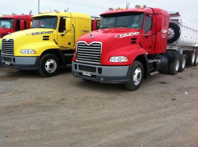 Arriendo camiones batea y rampla, para realizar servicio de transporte