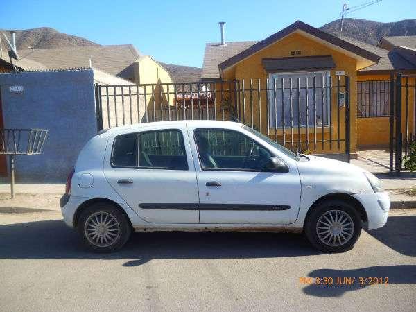 Vendo automovil renault clio hb 1.6 16 v color blanco