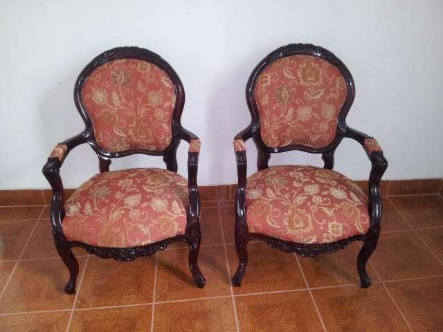 Tapiceria de muebles y comedor comedor , juegos de living , sitiales y sillas