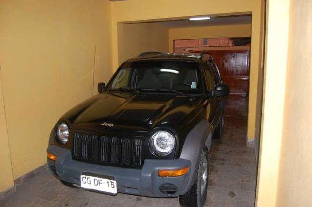 Jeep liberty año 2003. motor 3.7 iquique