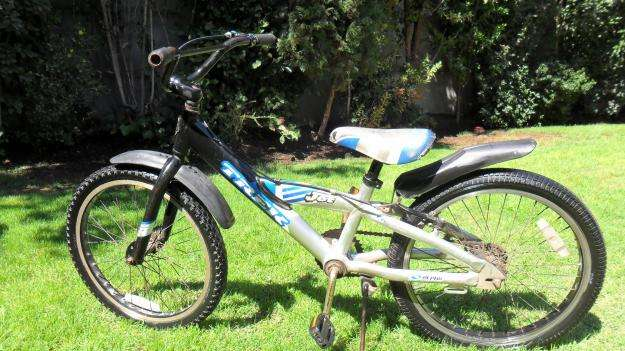 Bicicleta trek para niños impecable