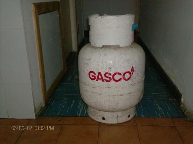 Vendo 2 balones de gas de 15 kilos a 15.000 cada uno.