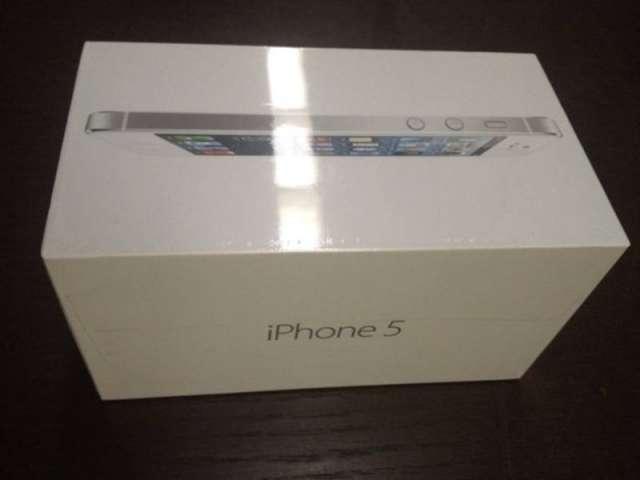 Original apple iphone 5 64gb( white color)