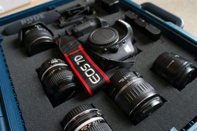 Se arrienda canon 7d + maleta lentes y accesorios