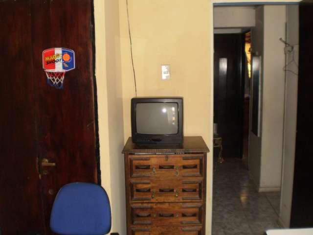Arriendo habitacion amoblada con pension estudiante ceca de u.de chile(jun gomez milla) comuna de ñuñoa