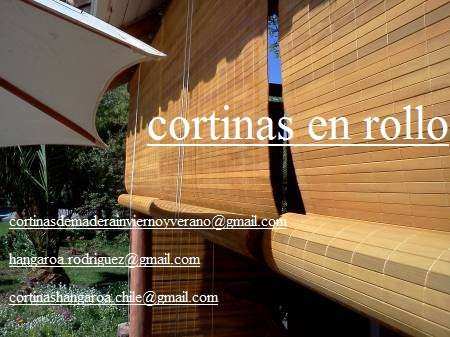 Persianas de madera exteriores loving the house color and for Cortinas terrazas exteriores