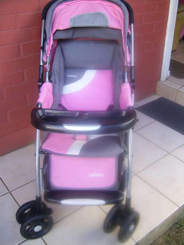c1d9d7b7e Coche de bebé infanti rosado temuco en Temuco - Accesorios de Bebes ...