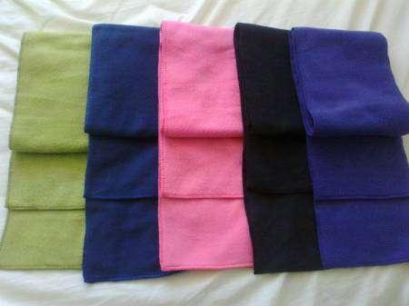a5dd01a303492 Confección de bufandas de polar 100% antipeeling en Santiago - Ropa ...