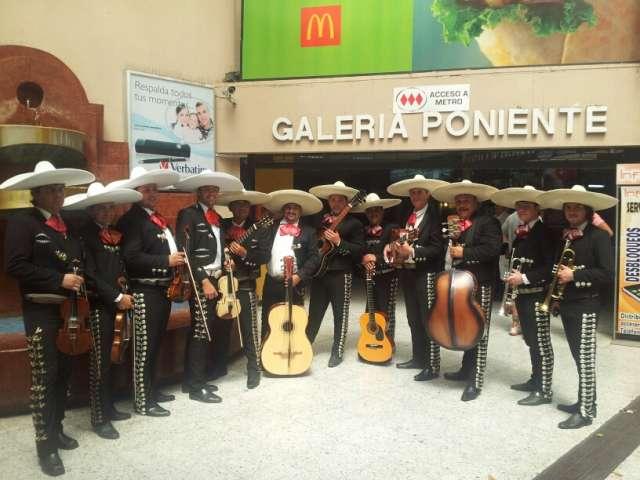 Mariachi reyes de jalisco,el mejor mariachi de santiago en tus manos