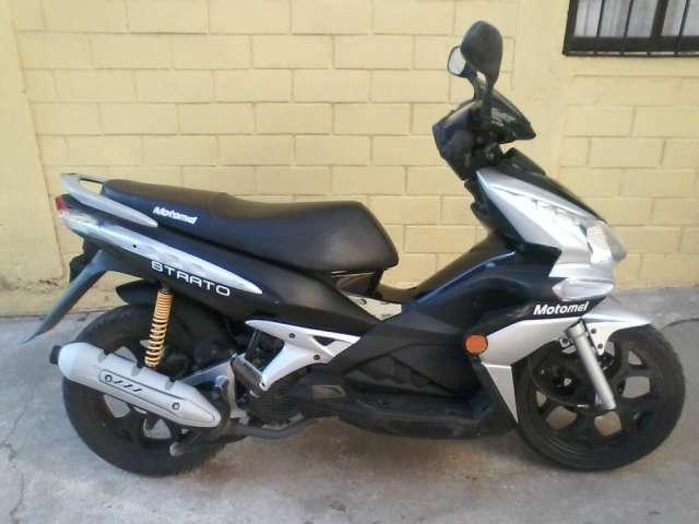 moto scooter vendo