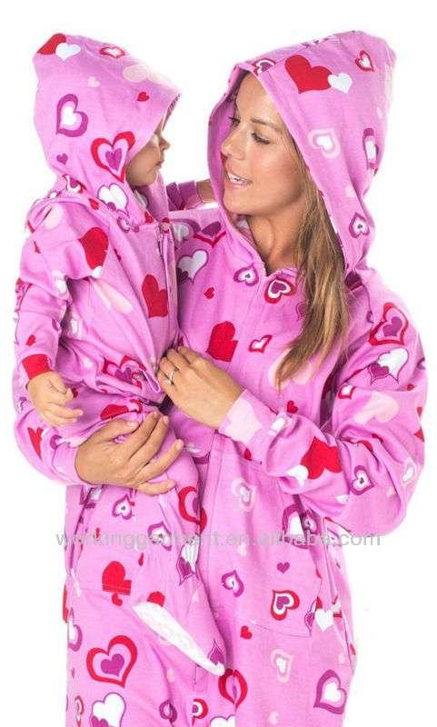 77cdc726bf7d Pijamas enteritos de polar , somos fabricantes en Rancagua - Ropa y ...