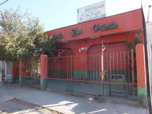 Se arrienda local comercial excelente barrio comuna la cisterna ideal para almacén