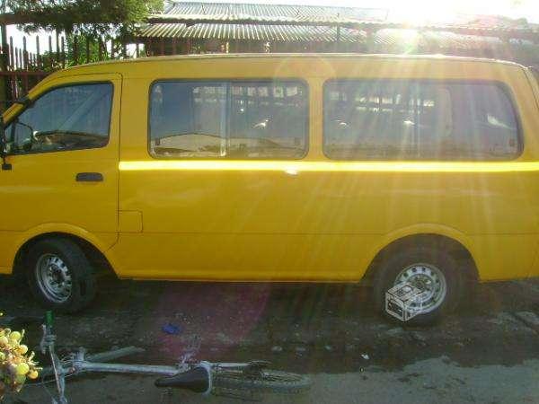 Arriendo frugon escolar, arriendo minibus escolar