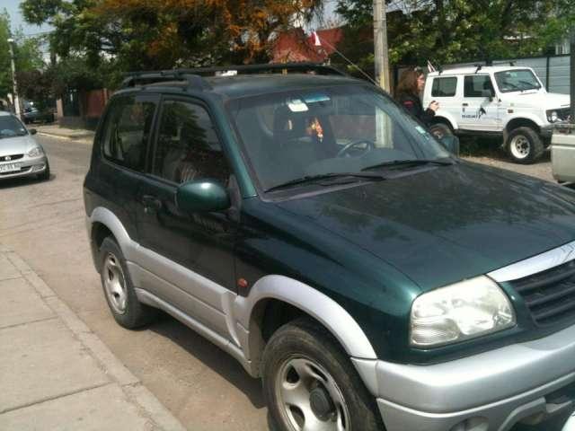 Suzuki grand vitara jlx año 2003 motor 1.6 color verde/plata excelente auto, precio conversable!!