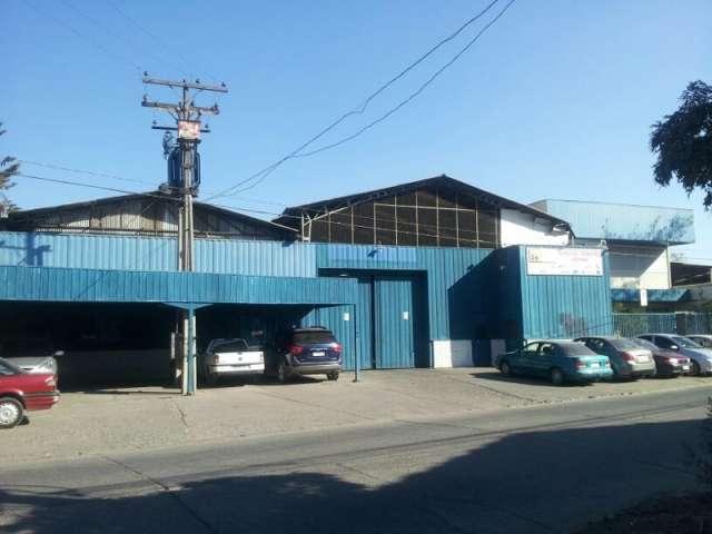 Vendo galpón industrial con oficinas y bodega