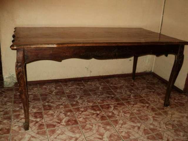 Mesa comedor antigua estilo normando , buenas condiciones en ...
