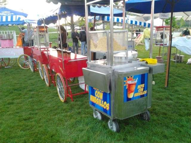 Fotos de Arriendo carritos de comida mote con huesillo etc hot dog y  dulce 6