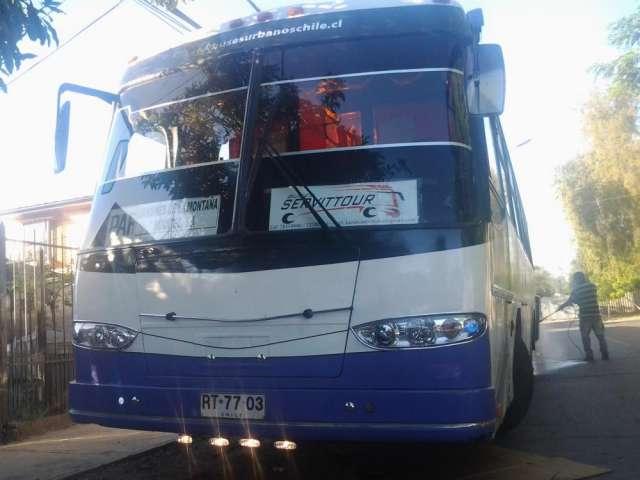 Viajes especiales y arriendo de buses