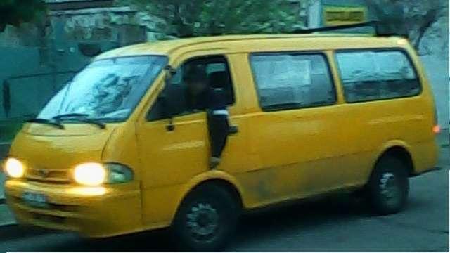 Fotos de Arriendo furgon escolar, inscrito en ministerio de transportes 2