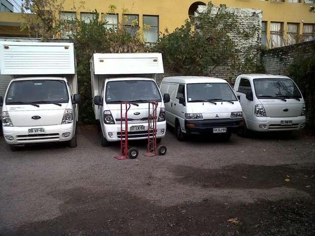 Arriendo de furgones y camiones livianos para manejar con clase b
