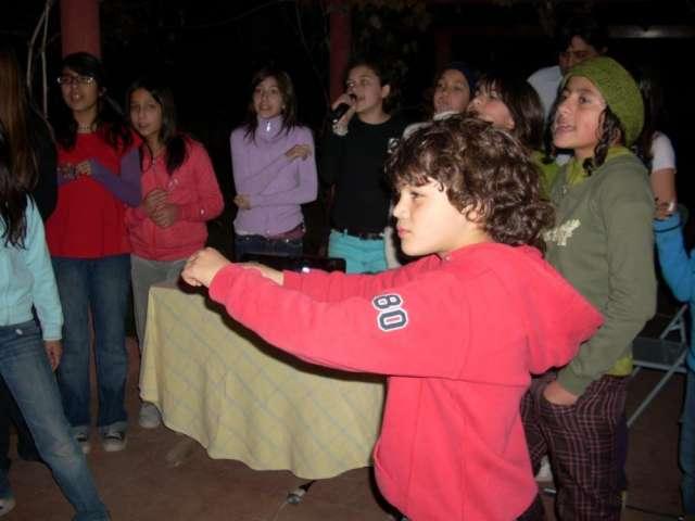 Karaoke para cumpleaños infantiles con toda la musica sonando en radio disney